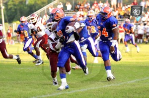 Jefferson County RB #20 DeVondrick Nealy